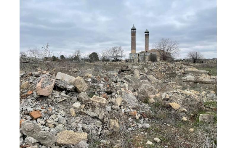 Hətta Suriyanın Homs şəhərində bu qədər böyük dağıntılar görmədim - Ukraynalı hərbi müxbir Ağdamda