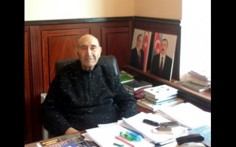 Görkəmli alimlə görüş