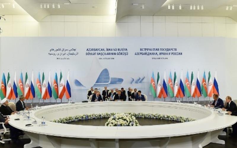 Azərbaycan, İran və Rusiya prezidentlərinin üçtərəfli Zirvə görüşü Rusiya mediasının diqqət mərkəzində