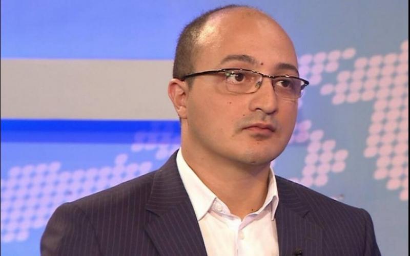 Siyasi şərhçi: Qərb Ermənistanda baş verənlərin demokratiya ilə heç bir əlaqəsinin olmadığını anlamalıdır