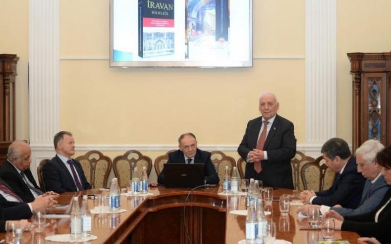 Yaqub Mahmudovun xarici dillərdə çap olunan kitablarının təqdimatı oldu