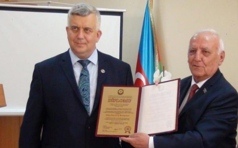 Oleq Kuznetsov Tarix İnstitutunun fəxri doktoru oldu