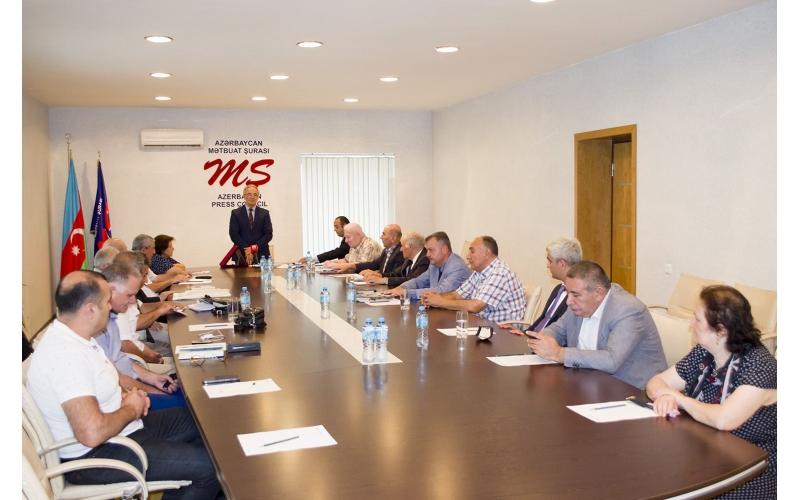 """""""Xocalının səsi"""" qəzetinin 30 illik yubileyinə həsr olunmuş toplantı keçirilib"""