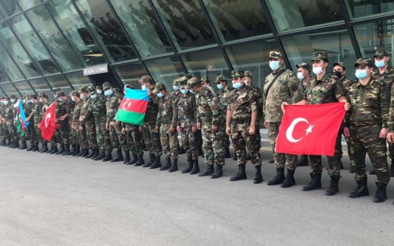 FHN-in yanğınsöndürmə qüvvələrinin əməkdaşları Türkiyəyə yola düşüb