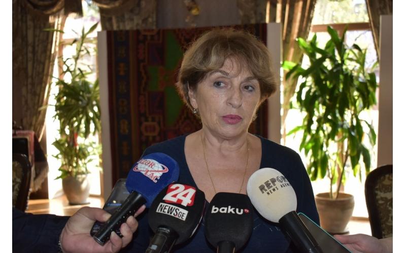 Professor Tinatin Kldiaşvili: Azərbaycan xalçaları unikal sənət əsəridir