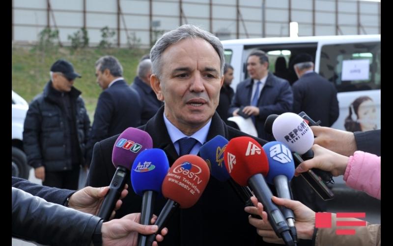 """Əflatun Amaşov: """"Sorğuya cavab verilməyəndə, jurnalistlər hansı addımı atmaq lazım olduğunu bilməlidirlər"""""""