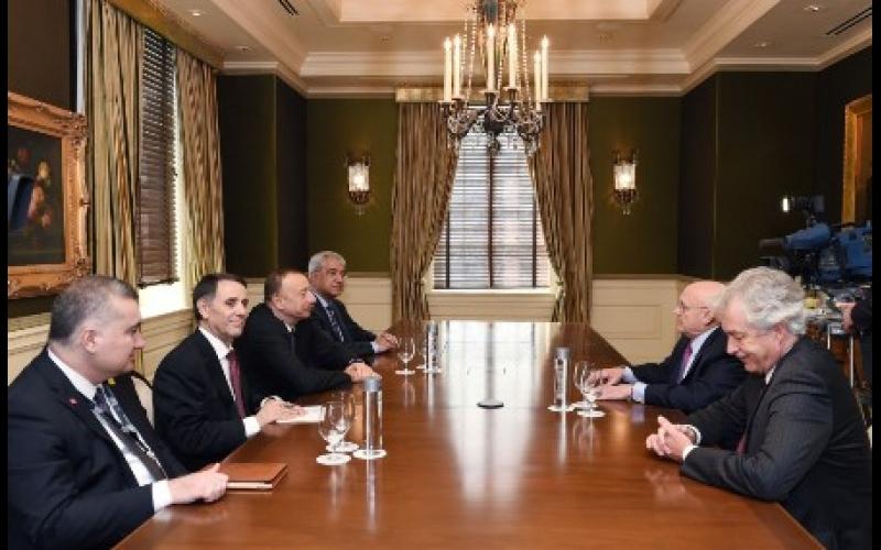 Azərbaycan Prezidenti ABŞ-ın ictimai xadimləri ilə görüşüb